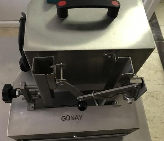 çikolata rendeleme makinesi sıfır ayarında yeni gibi temiz